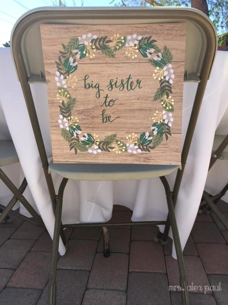 Big Sister to be sign on chair